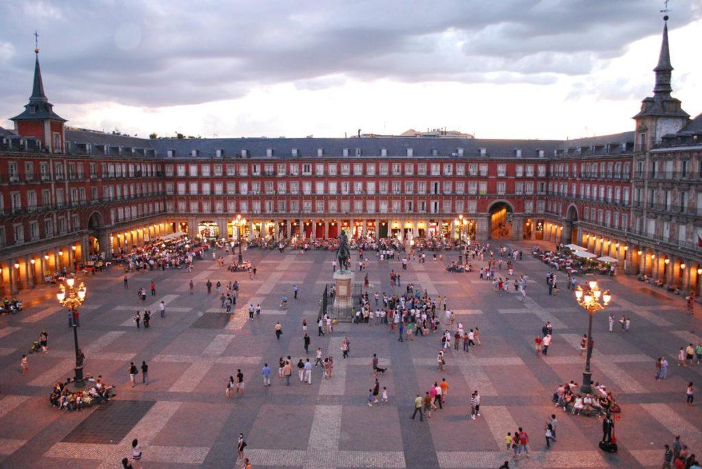 sunset in Plaza Mayor