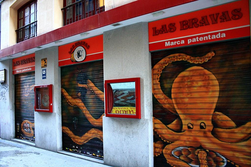 "Mirror of ""Las Bravas"" Restaurant Madrid"