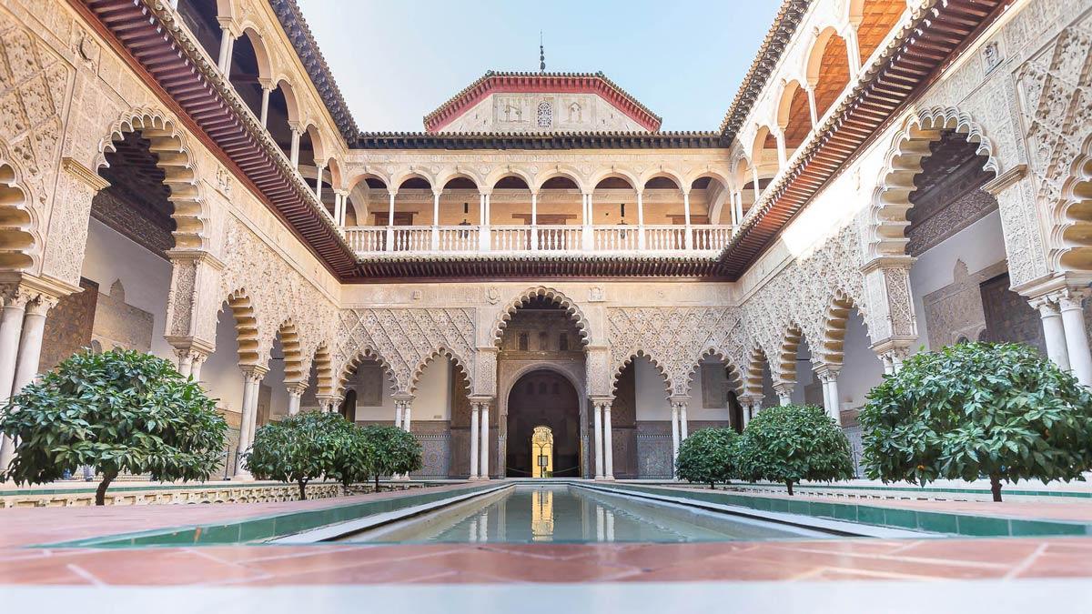 Courtyard of Maidens of Alcazar de Seville